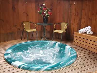Distinction Te Anau Hotel & Villas Spa