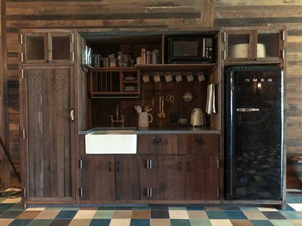 Bullo River Station Küchenzeile