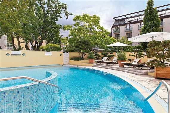 Travel Charme Kurhaus Binz Pool