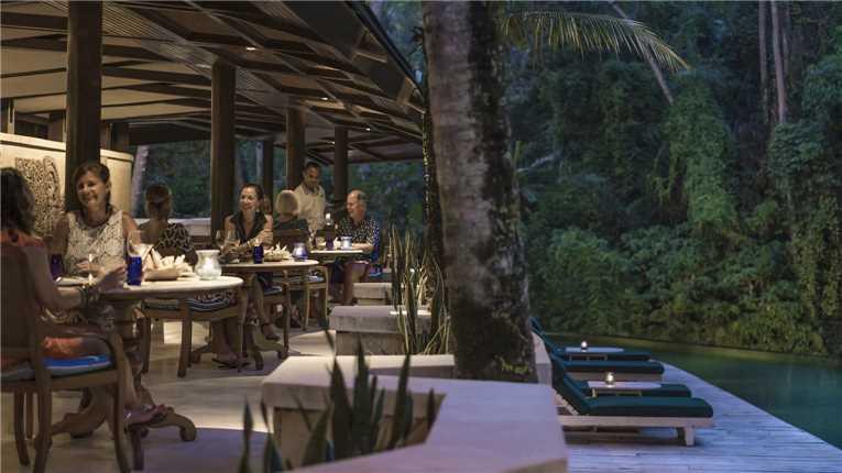 Four Seasons Resort at Sayan Restaurant