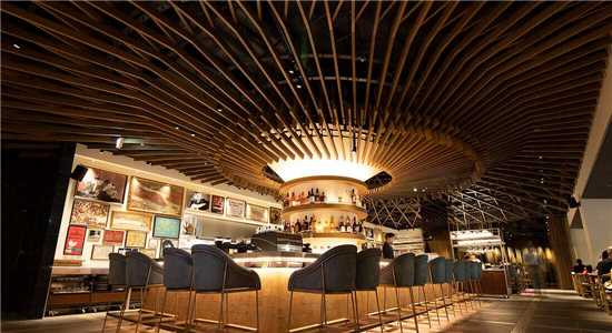 Cross Hotel Bar