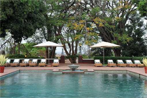 Victoria Falls Hotel Pool