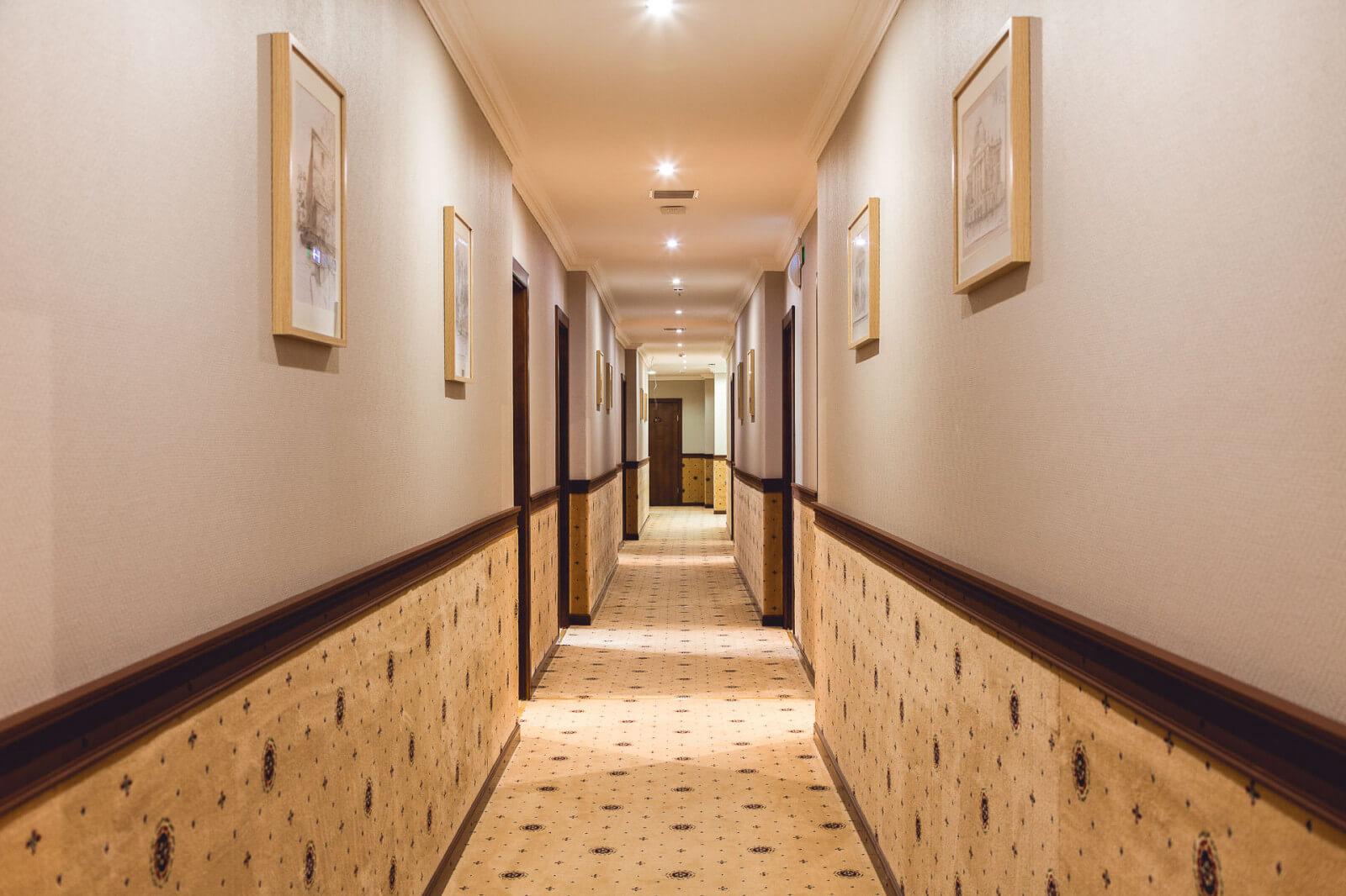 Hotel Central Flur