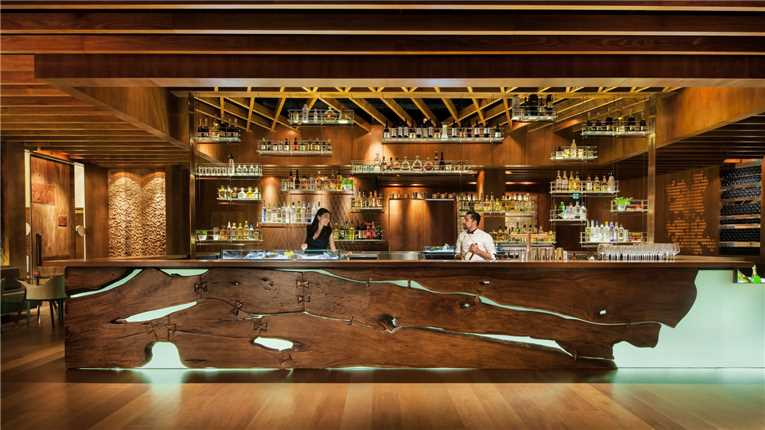 Four Seasons Sydney Bar