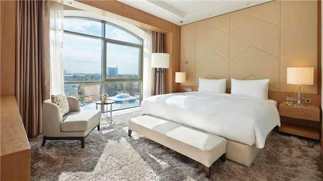 Hyatt Regency Tashkent Suite
