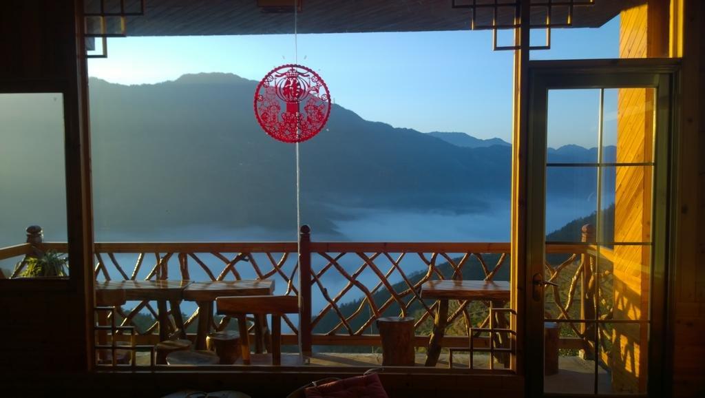 Baike Hotel Aussicht von der Terrasse