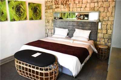 Mokuti Etosha Lodge Deluxe Room