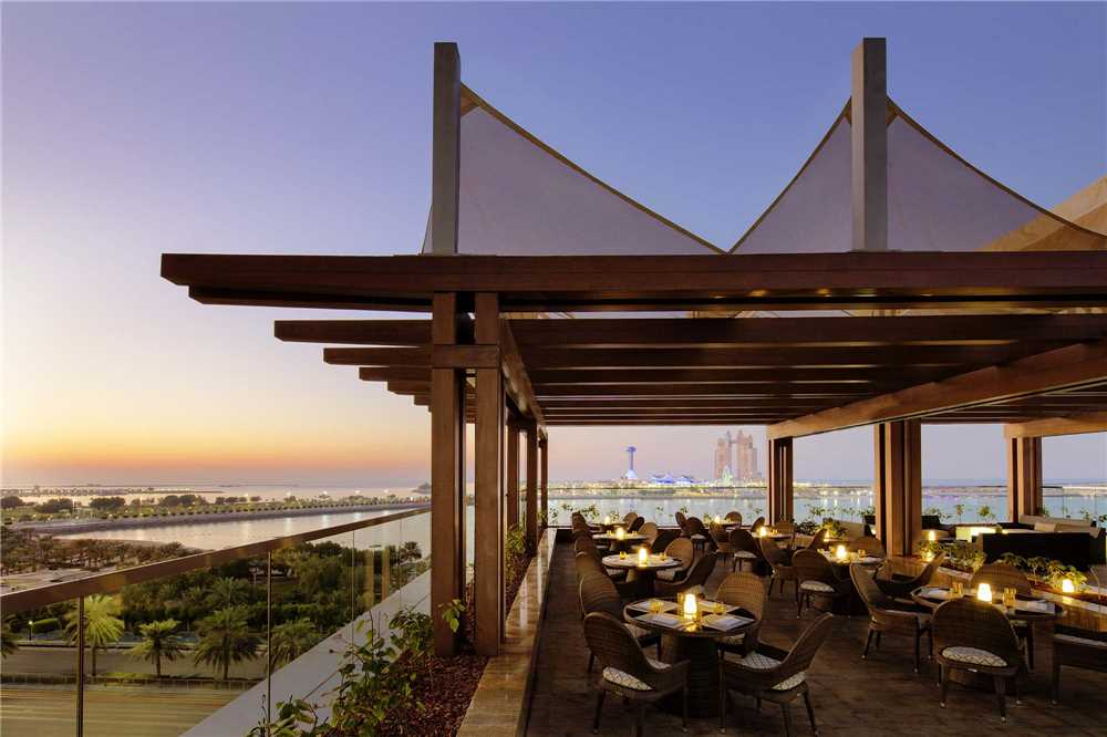 St. Regis Abu Dhabi Terrasse