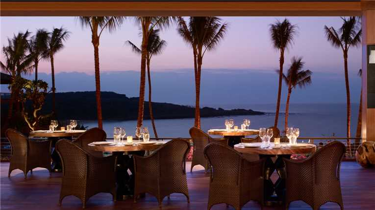 four seasons lanaii at manele bay restaurant