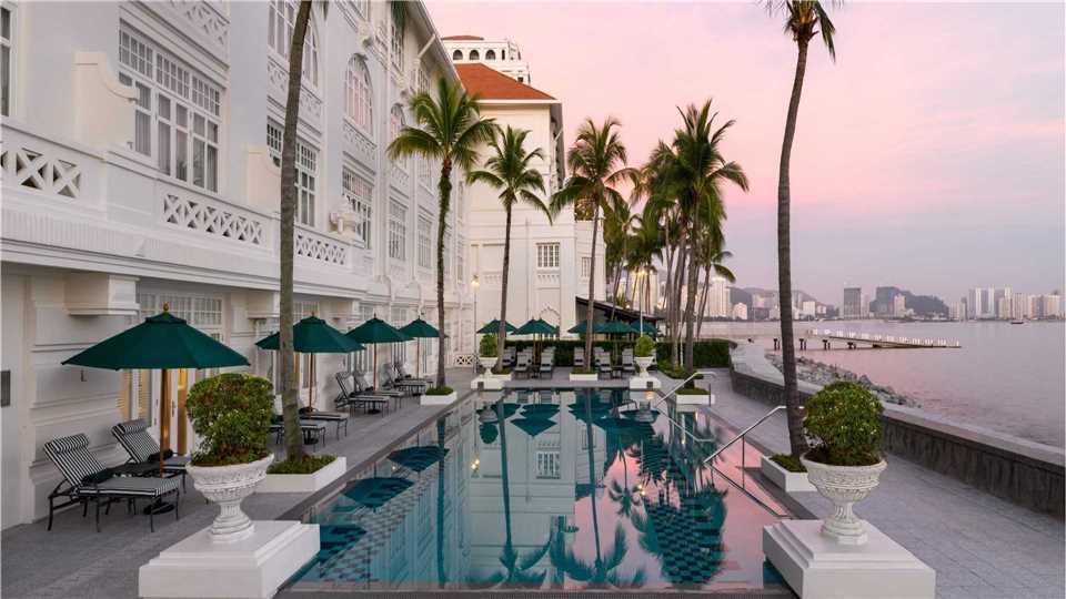 Eastern & Oriental Hotel Pool