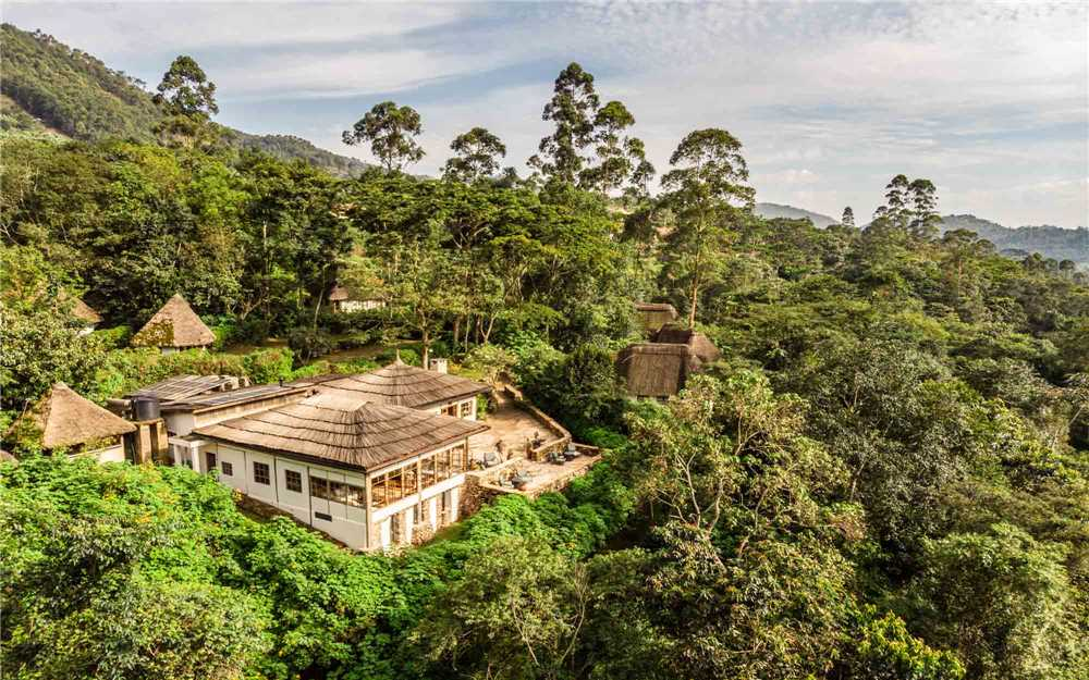Bwindi Lodge Außenansicht