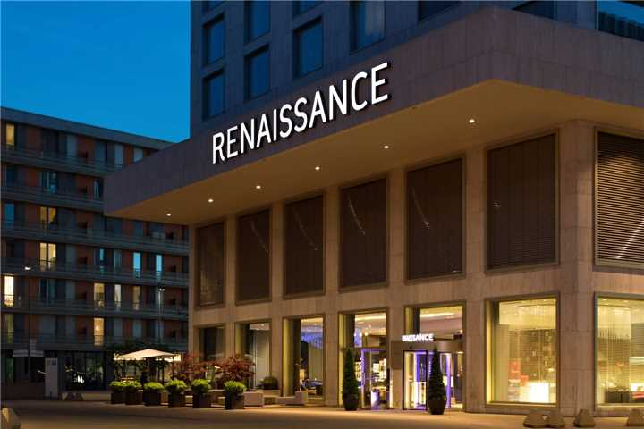 Renaissance Hotel Zürich Tower Eingang