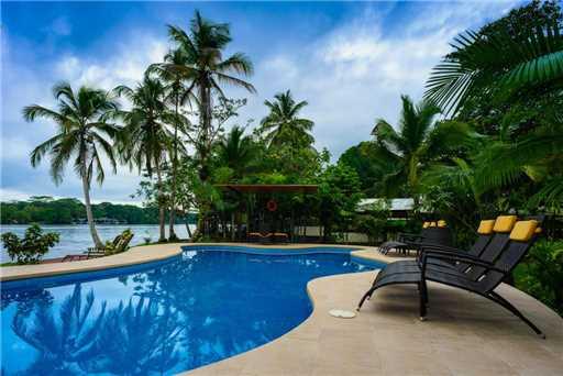 Manatus Hotel Pool