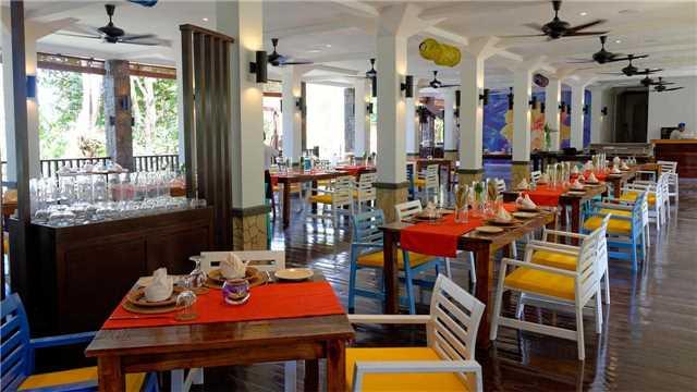 Bungaraya Island Resort Restaurant