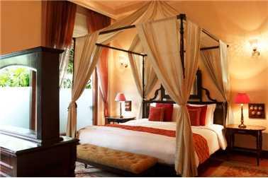 Taj Nadesar Palace Suite