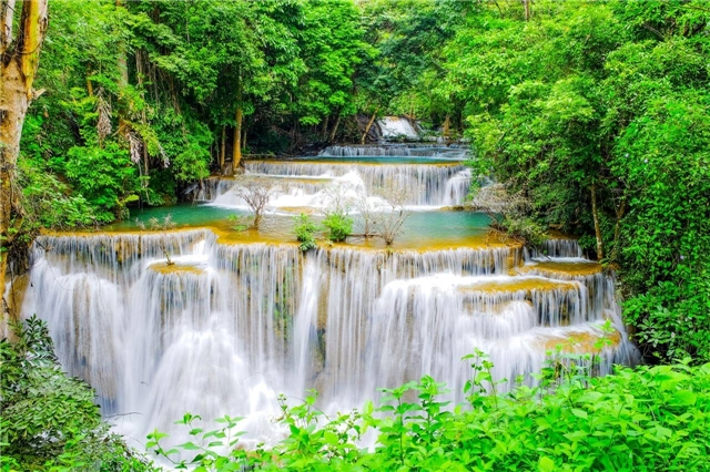 suedostasien - Thailand Huai Mae Khamin Wasserfall