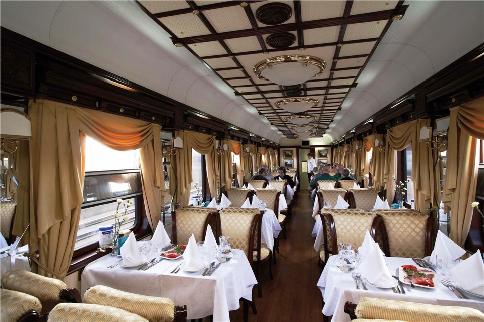 Russland Golden Eagle Trans-Siberian Express Zugrestaurant