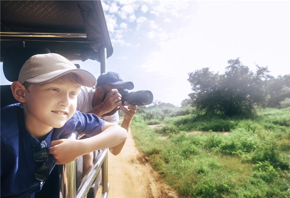 Sri Lanka Familie auf Safari