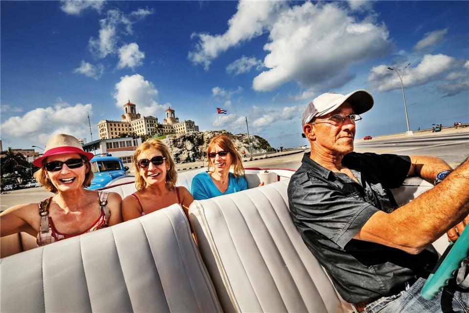 Cuba Connaisseur Drei Frauen im Auto