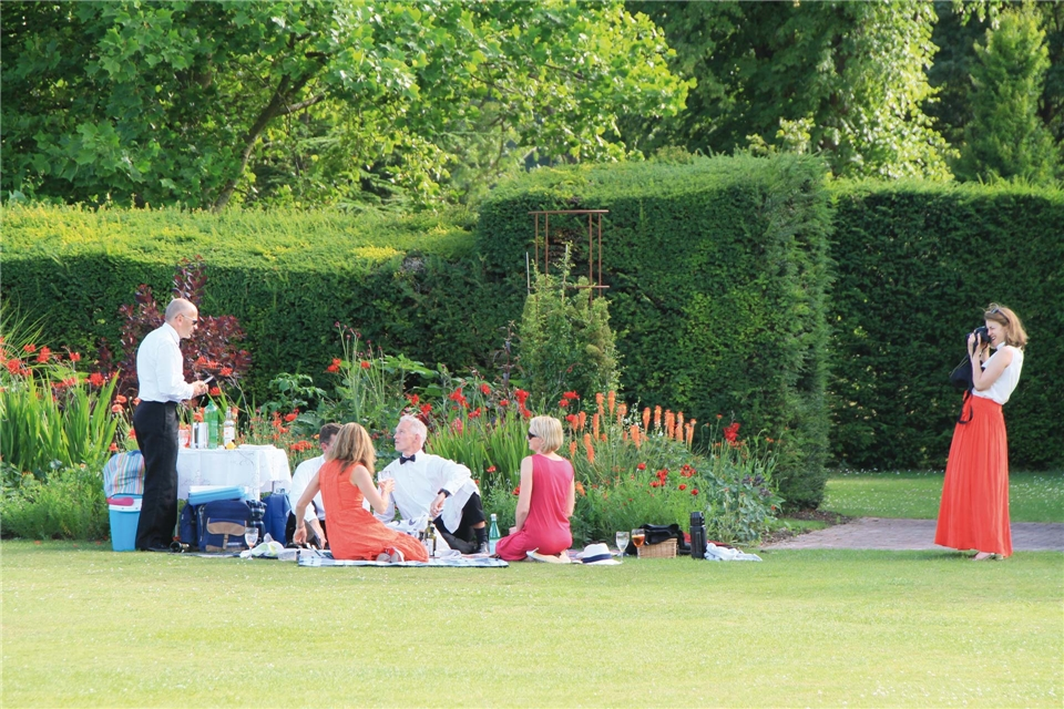 Gärten und Oper in Glyndeborne Picknick im Garten