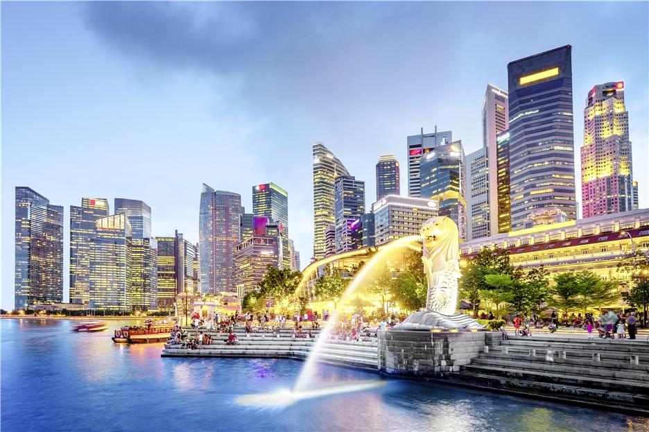 Singapur - Skyline bei Nacht