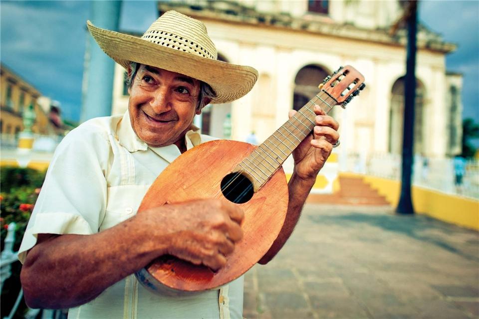 Kuba - Strassenmusiker mit Mandoline