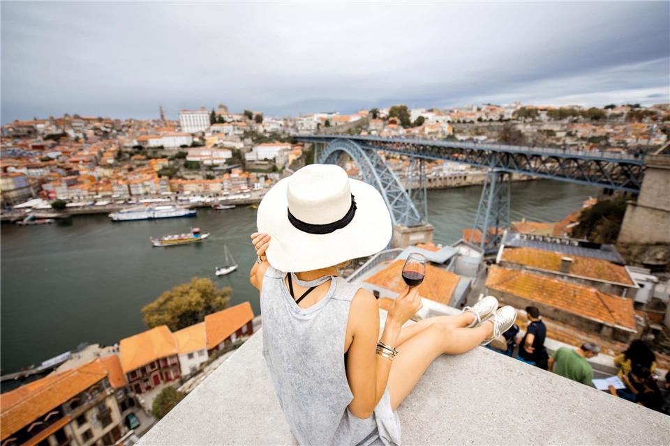 Portugal Wein und Genuss Blick auf Porto