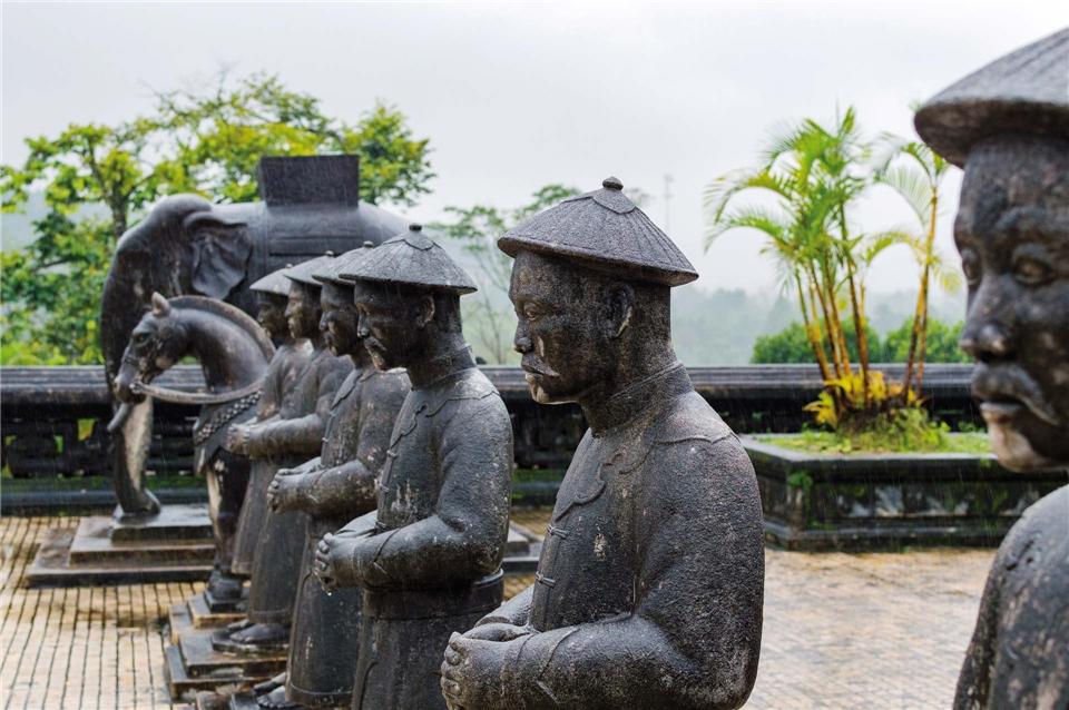 Vietnam Inside Statuen in der alten Kaiserstadt Hue