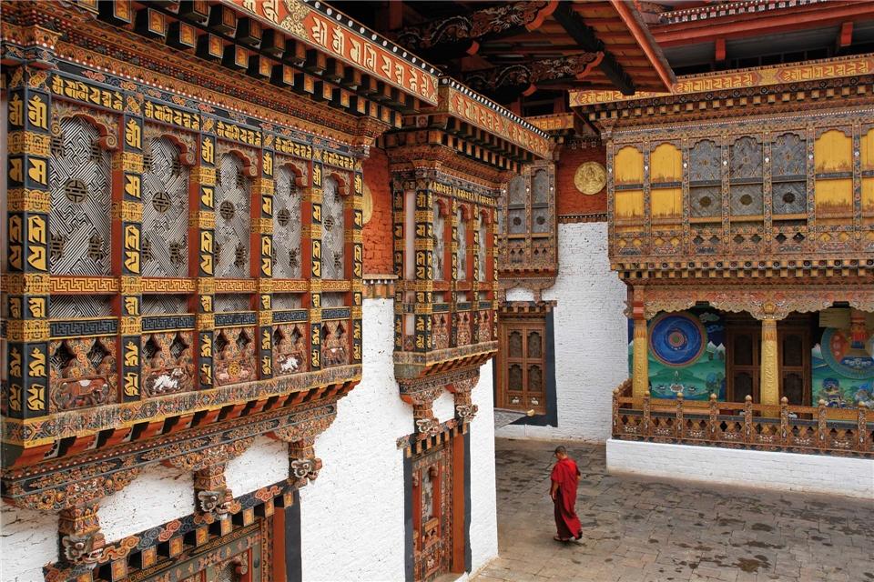 Himalaja - Moench in der Klosterfestung Punakha Dzong