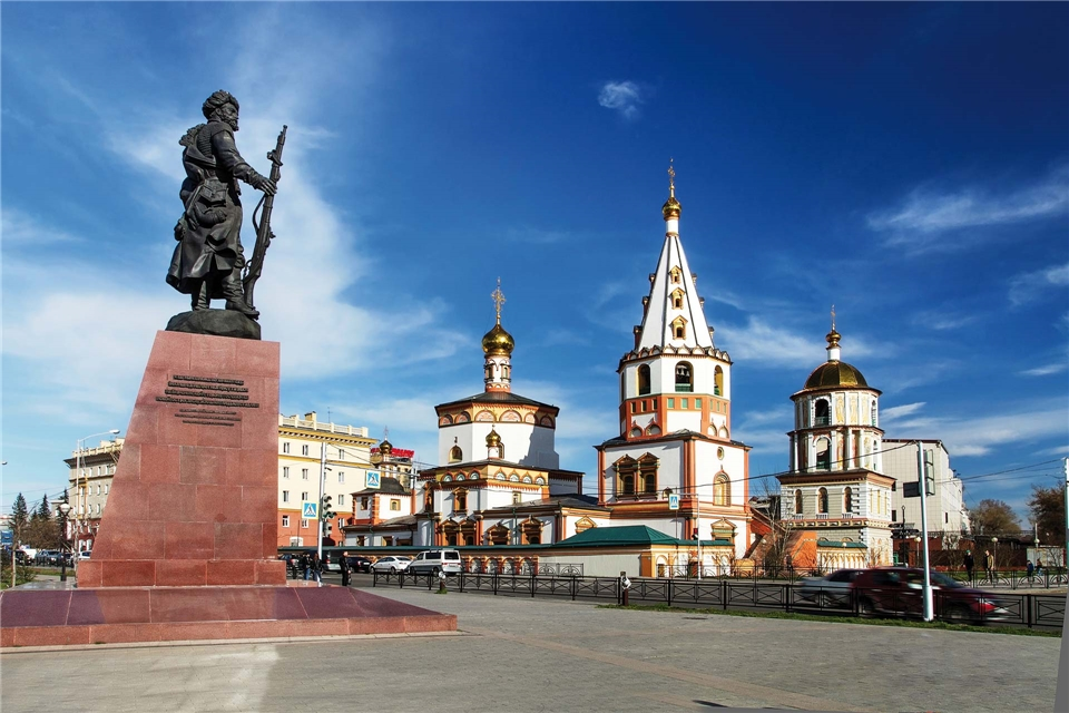 Sibirien Natur am Baikalsee Gründerdenkmal in Irkutsk