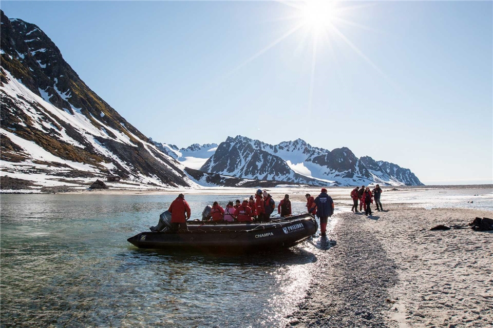 Poseidon Expedition Sea Spirit Ausflug mit Zodiacs